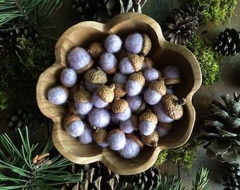 Felted wool acorns, Purple Heather, set of 50, pastel purple felt acorns, alternative easter gift, easter bowl filler, purple felt acorns