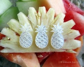 Pineapple Crush Small Cabochon in Carved Mother of Pearl Shell 25mm, 1pc