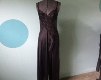 1960-70's Black Lingerie Set Empire Robe Sexy Lace Gown