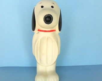 Vintage Snoopy Soap Dish 1960s Avon Collectible Dog Peanuts Character Soap Tray Holder Snoopy Decor