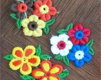 lot 1960's vintage embroidered patches - flowers embroidery