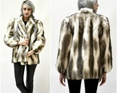 Vintage Faux Fox Fur Jacket Coat Small Medium White Grey Black// Vintage Vegan FurJacket Black and White Fake Fox Fur