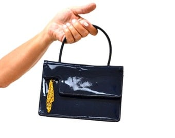 Vintage Faux Patent Leather Handbag Navy Blue by Prestige// Vintage Navy Blue Bag with Gold Chain
