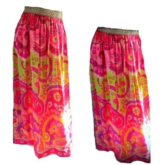 Vintage 1960s 70s Psychedelic Print Maxi Skirt Bright Bold Gypsy High Waist Festival Coachella Free People Maxi Boho Tribal  XS S