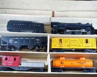 Lionel Train Set 11550 (Incomplete) 239LTS steam Engine with tender and 4 cars