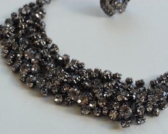 Rhinestone collar bone choker necklace