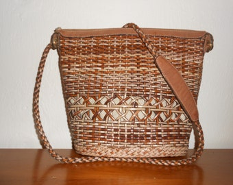 Vintage 1980s MARIPE (Made in Italy) woven leather saddle bag crossbody purse