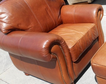 Leather club chair distress Thomasville
