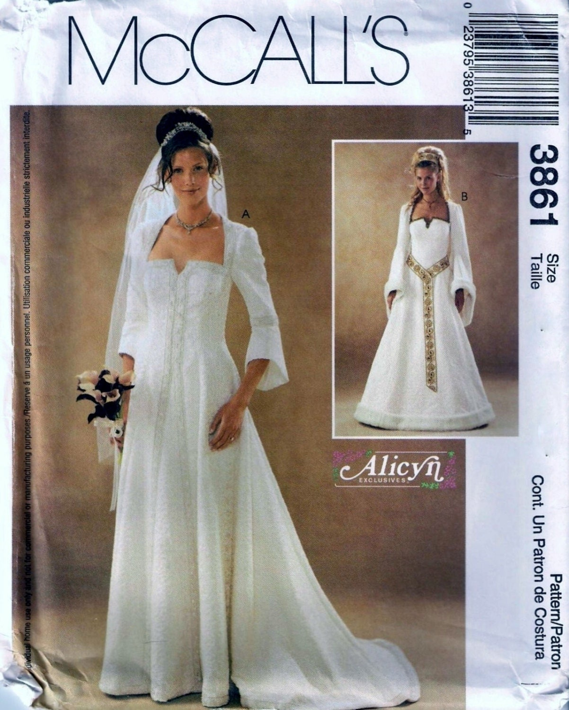 Renaissance Faire Wedding Dress Gown Costume History Mccalls: McCall's 3861 Medieval Renaissance Wedding Dress Gown