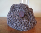 Chunky hand knit cowl in purple and mauve with one big trendy button and FREE SHIPPING to the 50 United States
