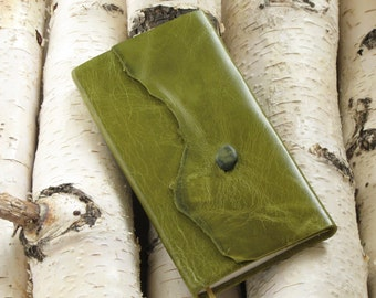 NLT Bible Leather Green cover, Beach Pebble Clasp, New Testament/Psalms/Proverbs