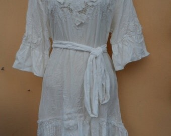 """20% OFF vintage inspired white embroidered dress/tunic,,,medium to 42"""" bust..."""