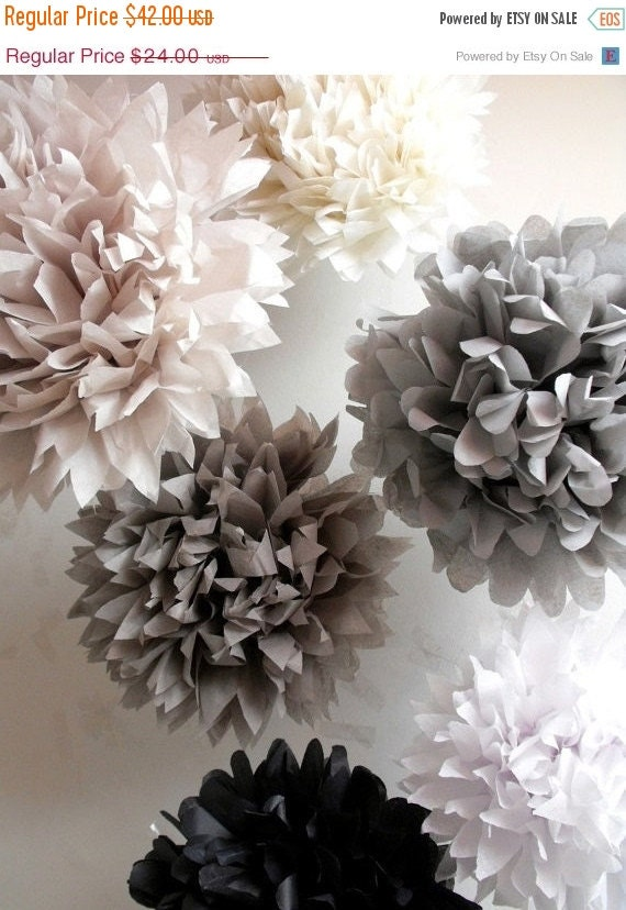 12 Tissue Paper Wedding Decorations // Pompoms // Tissue