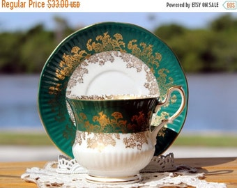 Queens Rosina, Vintage Teacup, Tea Cup and Saucer, English Bone China 13173