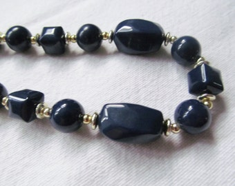 60s 70s Retro Necklace Costume Jewellery navy faceted beads vintage