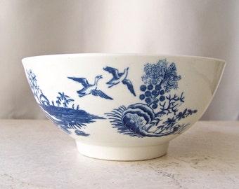 Antique Dr Wall Porcelain Soup Bowl Fence Pattern circa 1785 Royal Worcester Porcelain Flight Period 18th Century English Porcelain