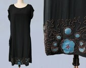 1920s Dress / 20s Beaded Flapper Dress / BLUE LEATHER Flower Appliques