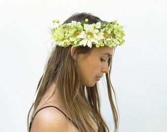 Spring Green Floral Headpiece, Green Flower Crown, St. Particks Day, Costume, Flower Crown, Flower Headpiece, Greenery, Floral Crown, Boho