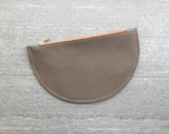 minimal leather zipper pouch - taupe cosmetic bag for her - modern leather zipper bag - leather pencil holder - minimal design zipper pouch