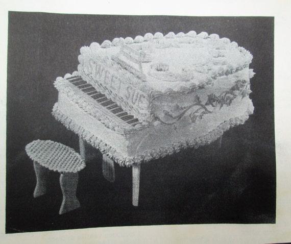 Wilton Piano Cake Pan