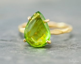 Green Peridot Ring Gold - August Birthstone Ring - Solitaire Ring - Green Stone Ring - Stackable Ring - Gold Ring