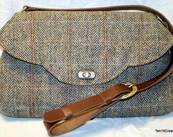Harris Tweed Scallop Bag in Light Brown Herringbone