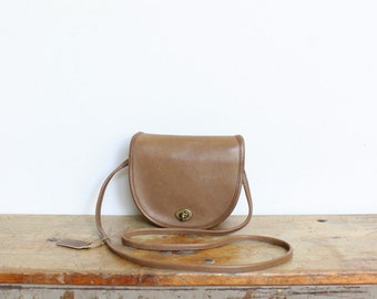 SALE Vintage Coach Bag // Leather Crossbody Made in NYC // Mini Messenger Putty Tan Purse New York City