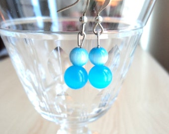 Blue Earrings with Moonstone Reflect.