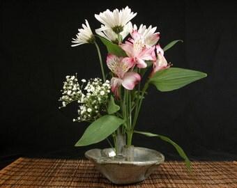 blue / grey stoneware ikebana vase