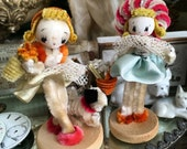This Pair Of Vintage Pipe Cleaner Figures Are Real Dolls