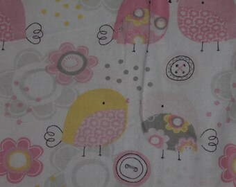 Pink, Gray, Yellow, ad White Bird Crib/Toddler Bed Fitted Sheet