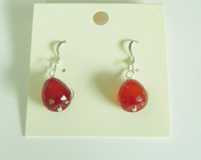 Red agate gemstone sterling silver earrings|faceted apple cut|burnt orange tone|autumn|fall colours|faceted gemstone earring|orange gemstone