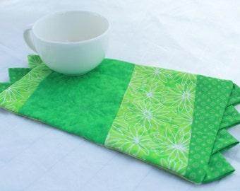 A Very Green Masterpiece Quilts Mug rug