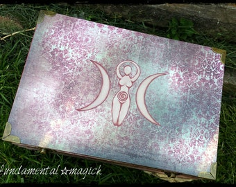 Fire Goddess altar chest : clearance, wicca, witch, magic, magick, ritual, pagan