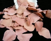 200 Vintage Inspired Rose Mauve Bulk Petals, Artificial Rose Petals, Wedding Decoration, Flower Girl Toss  Petals Table Scatter