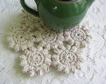Crochet Trivet Hot Pad - Off-White with Flecks Trivet - Crochet Potholder - Crochet Mat - Cottage Decor Hotpad