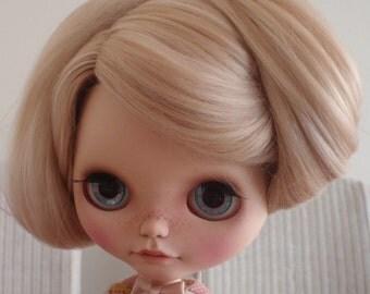 Ready to ship/Hair doll/Doll hair/Blythe doll hair/Suri Alpaca hair/reroot scalp/for Blythe Doll in Light blonde 2 tone Blonde 14-15 inches