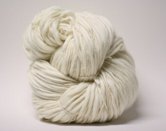 Raw Yarn Handspun Thick n Thin Base Bare Dyeing Wool Slub TtS(tm) Bulk Ecru Natural White Undyed