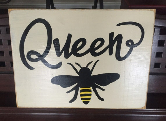 Queen Bee Home Wall Decor Sign Plaque Apiary Rustic Cottage