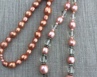 Vintage glass pearl salmon pink luster bead necklace