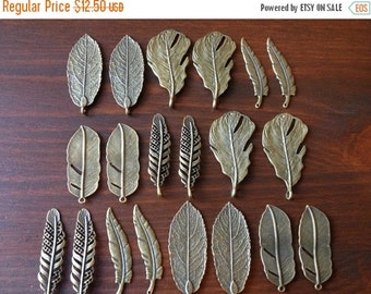 ON SALE Set of 20 Antique Brass Pendants Bronze Natural Feather & Leaf Charms Feathers Leaves (4 of each)