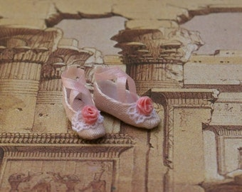 Miniature shoes - Regency slippers- Edwardian slippers -  pink silk with pink rose and lace