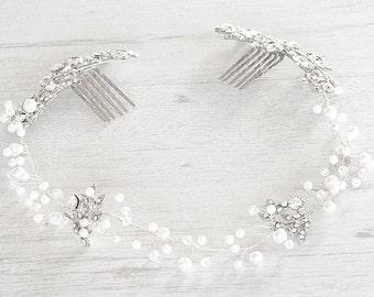 bride Hair vine. Boho hair halo. Bridal crystal halo Weddings wreath.  Bridal wreath accessory. Wedding hair piece.  Pearls hair vine.