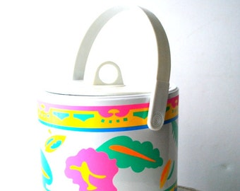 Vintage 80s white plastic ice bucket with a multicolor , abstract florida print.Made by Giraffe.