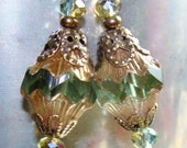 2 Pale green Picasso BAROQUE BICONE vintage style 13 x 11mm bead drop dangles diy jewelry making