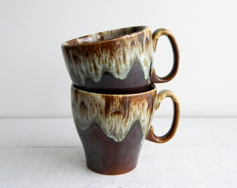 Pair of Vintage Brown Drip Mugs for Hot Chocolate