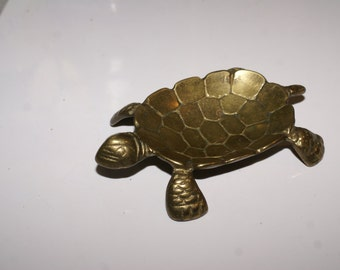 VINTAGE BRASS TURTLE Pin Tray, Soap Dish, Dresser Piece