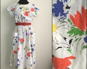 Pocket Full // 1980s Floral Day Dress with Pockets