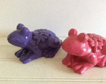 Colorful Garden Frogs - Set Of 2 - Purple Pink -  Shabby Cottage Chic - Porch Patio Decor - Garden Yard Art - Figurine - Frog Statues