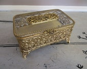 Dresser Box Hollywood Regency Matson Gold Gilt Jewelry Box Filigree Trinket Box Glass Topped Rectangular Jewelry Casket with Velvet Lining